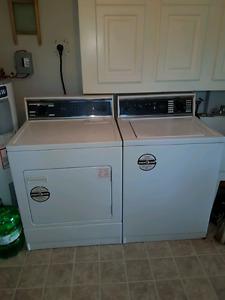 Great working newer Kenmore washer and dryer-Chandos Lake Apsley
