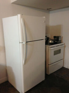 FRIDGE SEARS KENMORE  ( STOVE)
