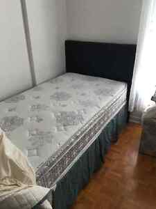 Excellent Condition single bed and linens