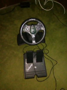 V3 steering wheel and pedals