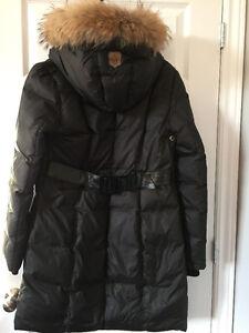 ,Manteau en duvet de canard Mackage au genoux, un seul hiver