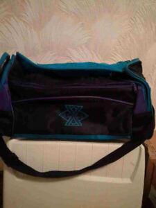 Large duffle bag excellent condition