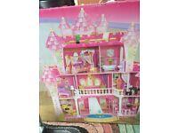 Kidkraft dolls house / castle