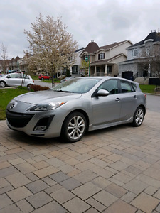 2011 Mazda3 Sport GT-e. FULLY Loaded, Leather, ONLY 36000 KM