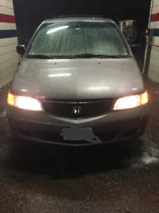 Honda Odyssey 2000 coming with full camping equipment for sale!