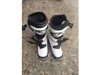 Alpinestars motocross boots size 5 .