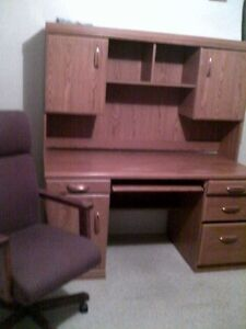 Office desk and chair good condition