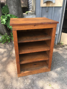 REPRO QUEBEC PINE SHELVING UNIT