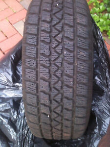 Winter Tires Size 195/65/R15 Arctic Claw Rims VIRTUALLY NEW!