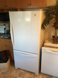 Kenmore Bottom Mount Refridgerator