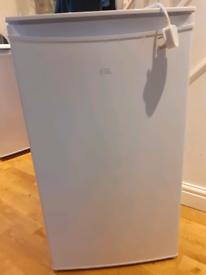 Undercounter fridge freezer like new