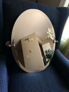 Beautiful wall mounted swivel oval mirror 19 x 26