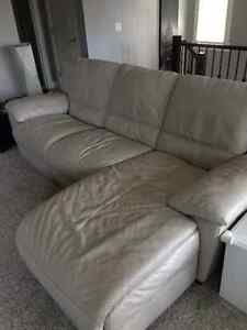 Natuzzi buy or sell a couch or futon in calgary kijiji for Sofa bed kijiji calgary