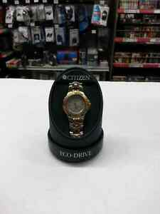 Citizen men's watch. We sell used watches and accessories