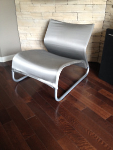 Lounge Chair / Chair *** Fauteuil / Chaise