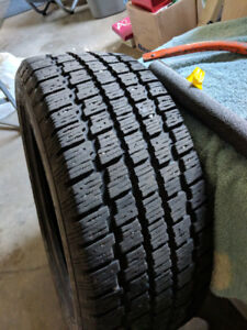 4 cooper Weather Master S/T2 . 215/50R17. Snow Tire