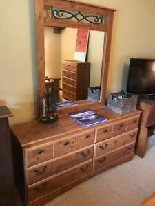 Queen pine finish bedroom set