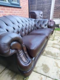 Thomas Lloyd Chesterfield sofa suite