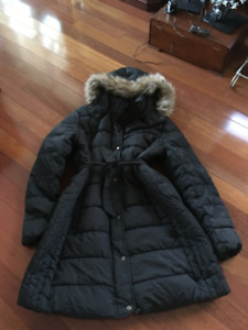 LADIES SIZE LARGE COATS VERY GOOD CONDITION
