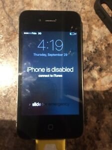 iPhone 4s 16Gb (needs to be restored on iTunes)