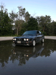 1991 BMW 318is- trade me your E30 convertible