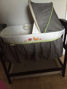Summer infant bassinet  Gatineau Ottawa / Gatineau Area image 3