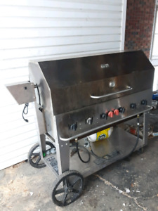 Crown Verity Processional  Mobile Grill