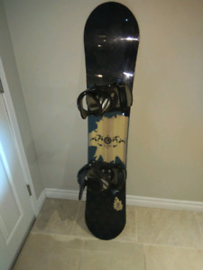 Youth Snowboard 144cm with bindings
