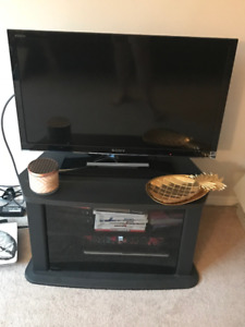 32 inch TV and stand