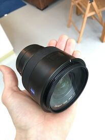 Zeiss Batis f2/25mm E-Mount Lens + filter.
