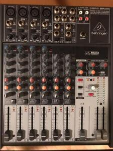 Mixer Behringer Xenix 1204USB