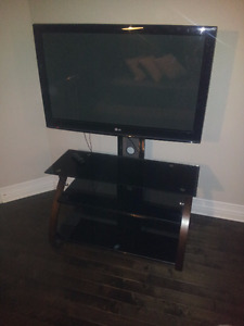 """42""""Tv & Tv stand"""