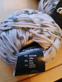 Knitting yarn grey