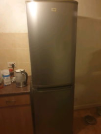 Tall good condition fridge freezer can deliver