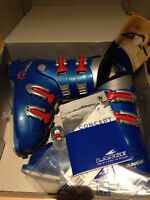 Lange junior ski boot size 21.0 or fits size 3 to 3.5