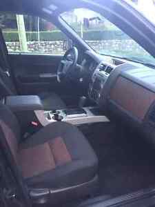 Like new 2008 Ford Escape Xlt low km North Shore Greater Vancouver Area image 8