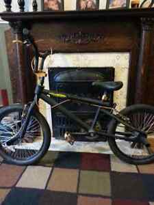 O'neil black magic bmx forsale. Would like gone over the weekend