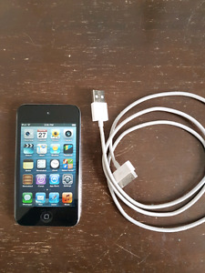 iPod Touch  (4th Gen) 32GB Silver