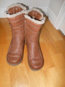 Chaussures neuves rieker et bottes hiver