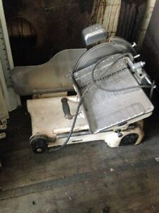 Berkel Meat Slicer - Heavy Duty - Older - Works - Took $20 Off