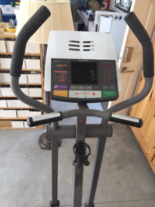 REEBOK RL 525 ELLIPTICAL EXERCISER