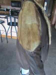 Genuine Leather and Fur Jacket Peterborough Peterborough Area image 5