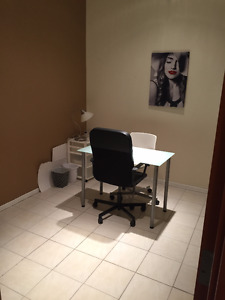 Nail Tech / Esthetician / Eyelash Tech - Beauty Room For Rent