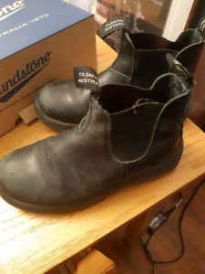 Blundstone Safety Boots,  Black leather,  Size 6.5, Good Used Co