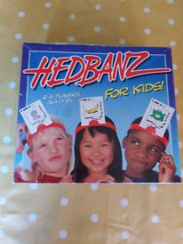 Headbanz guessing game