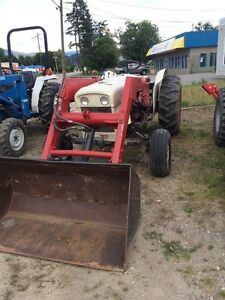 David brown 780 tractor with loader