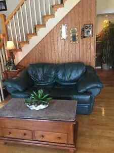 Divan et futon dans ouest de l le meubles petites for Mobilia kijiji