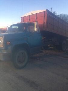 Chevy C60 3-Ton Grain Truck