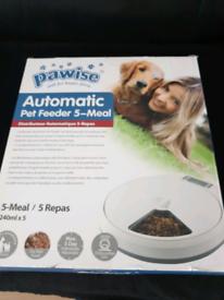 5 Meal pet feeder bnib
