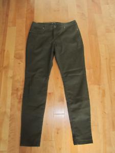 pantalons à vendre